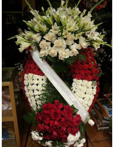 Corona de rosas blanca y roja jaen1